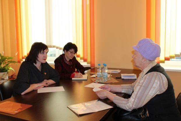 Депутат Палаты представителей Национального собрания Республики Беларусь Елена Потапова провела личный прием граждан в городской поликлинике №7 города Гродно