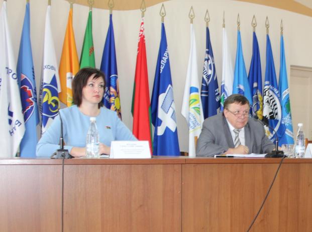 Парламентарий Елена Потапова встретилась с профсоюзным активом Гродненской области