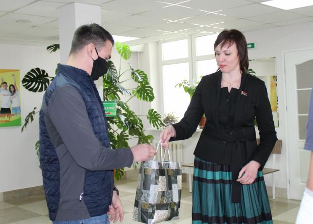 Депутат Елена Потапова поддержала гродненцев,  которые начали сдавать  плазму крови для пациентов с COVID-19